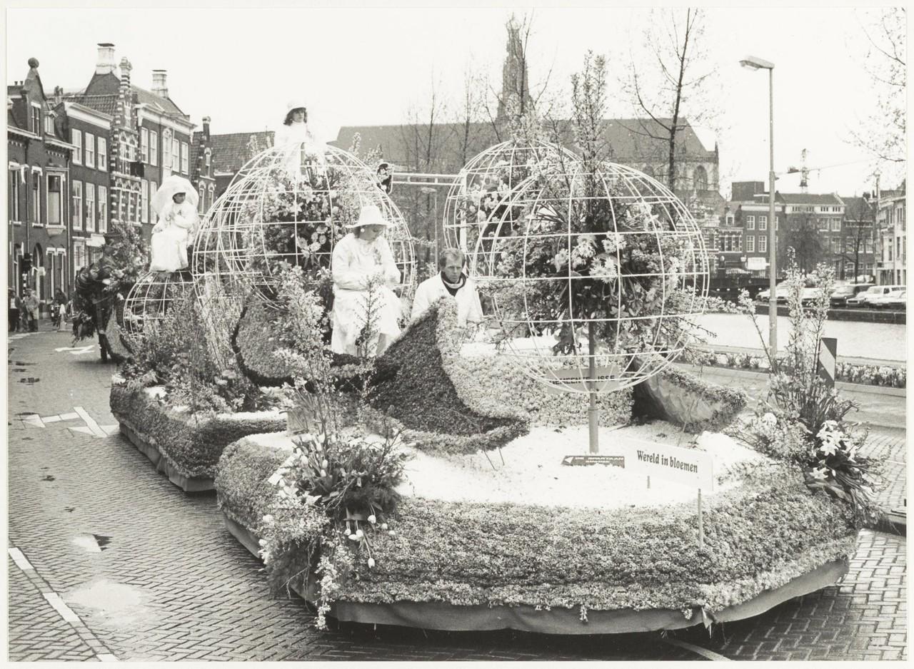 Bloemencorso Bollenstreek 1985 - Fotorecht: Poppe de Boer (Fotoburo de Boer / Haarlem)