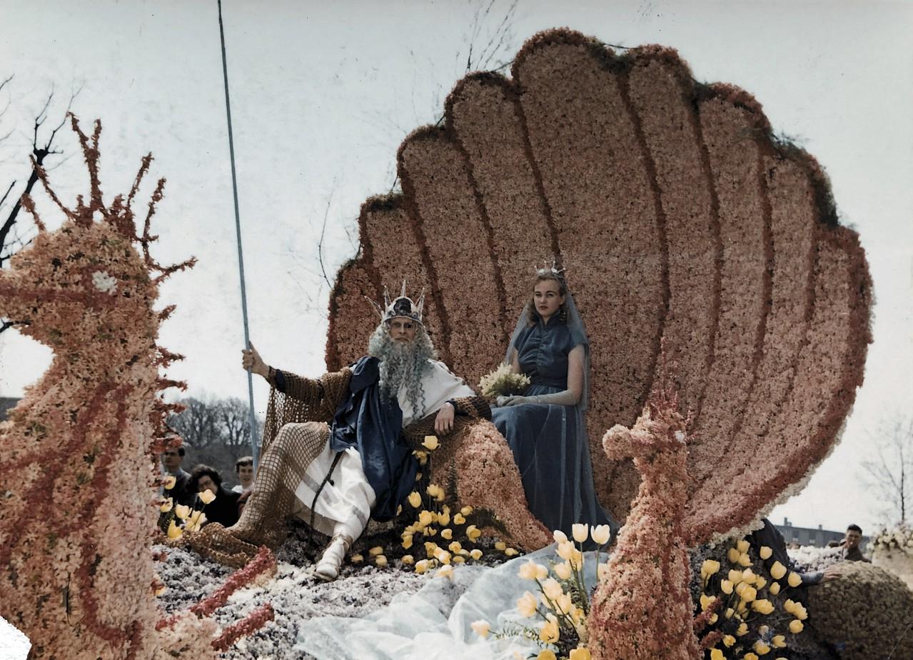Bloemencorso Bollenstreek 1955 - Fotorecht: van Driel